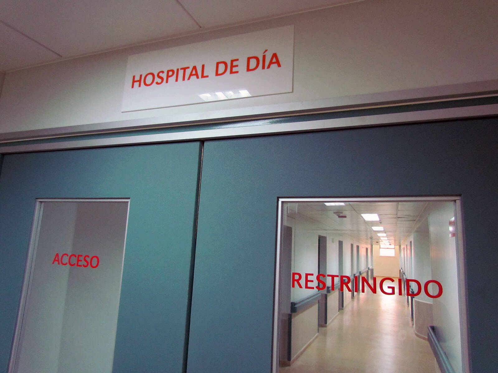 Hospital de d a servicio salud arica for Hospital de dia madrid